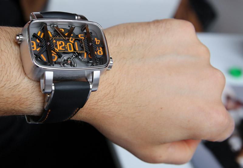4N 4N-MVT01/D01 Watch Hands-On + Flash Sale Hands-On