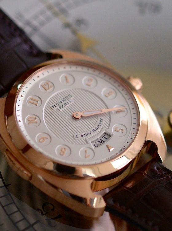 Side of Hermes 18k rose gold Le Temps Suspendu watch