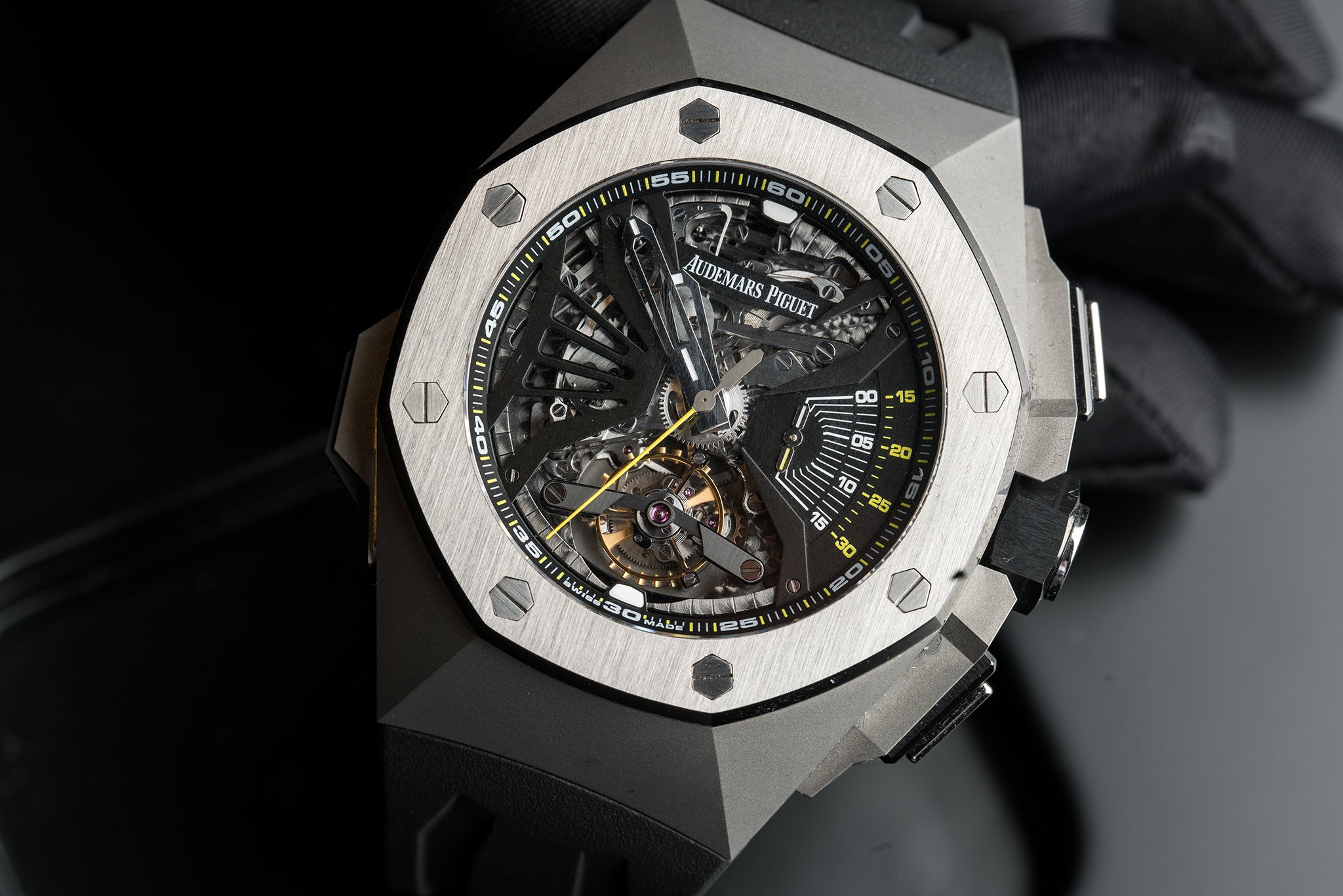 Front of Royal Oak Concept Supersonnerie watch 02
