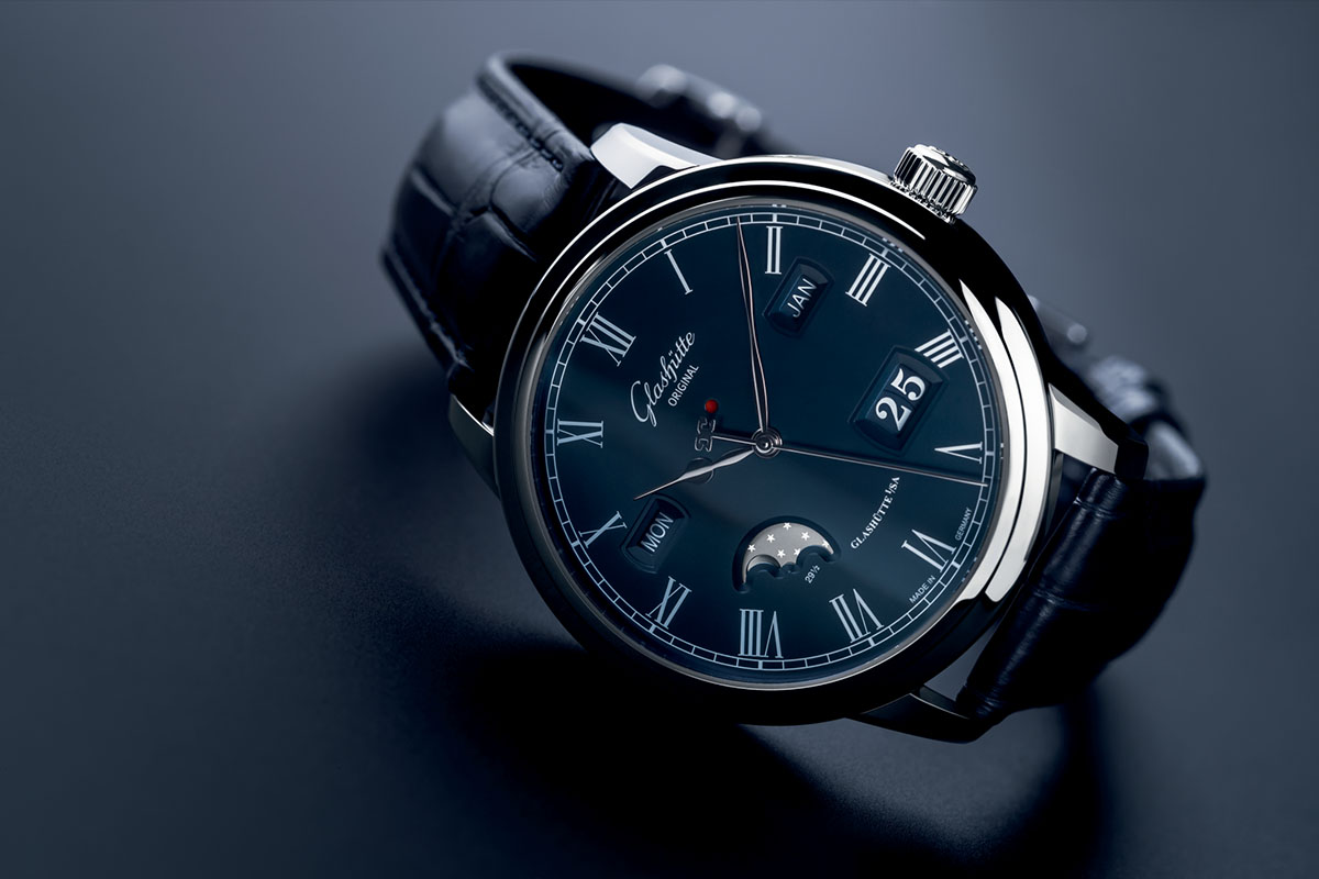 Side of Glashütte Original Senator Perpetual Calendar blue dial watch 03